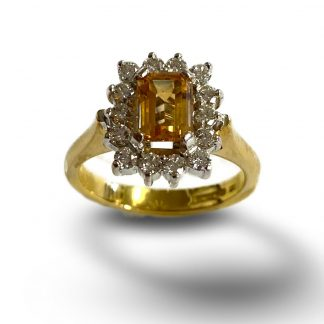 18ct yellow gold cluster ring with white gold setting