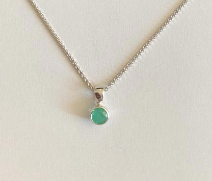 white gold emerald pendant and necklace