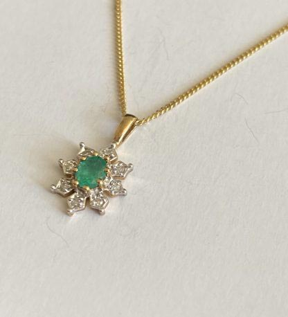 Emerald and diamond pendant and necklace
