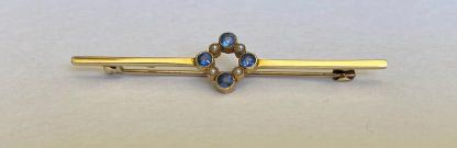 15ct gold sapphire and pearl brooch