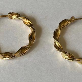9ct gold 1970s earrings